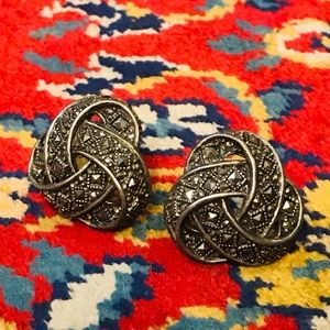 Beautiful vintage possibly antique earrings